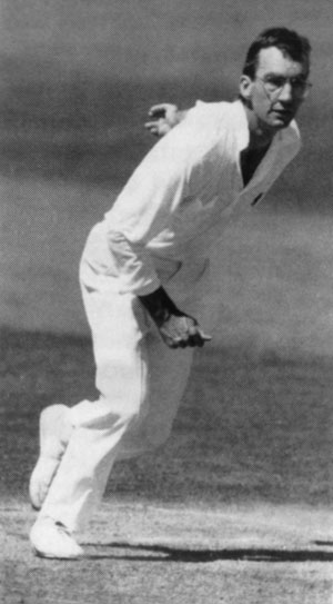 Peter Roebuck bowling