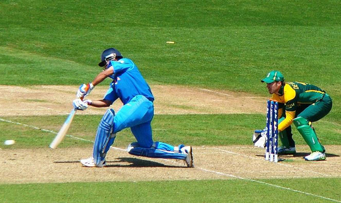 Mahendra Singh Dhoni batting