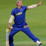 Shane Warne bowling